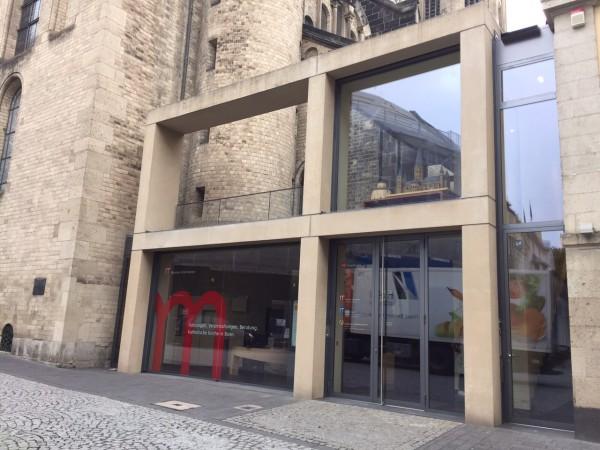 Eingang zum Münster Carré in Bonn
