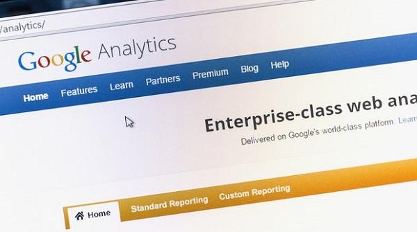 Google Analytics. Ingvar Bjork / Shutterstock.com